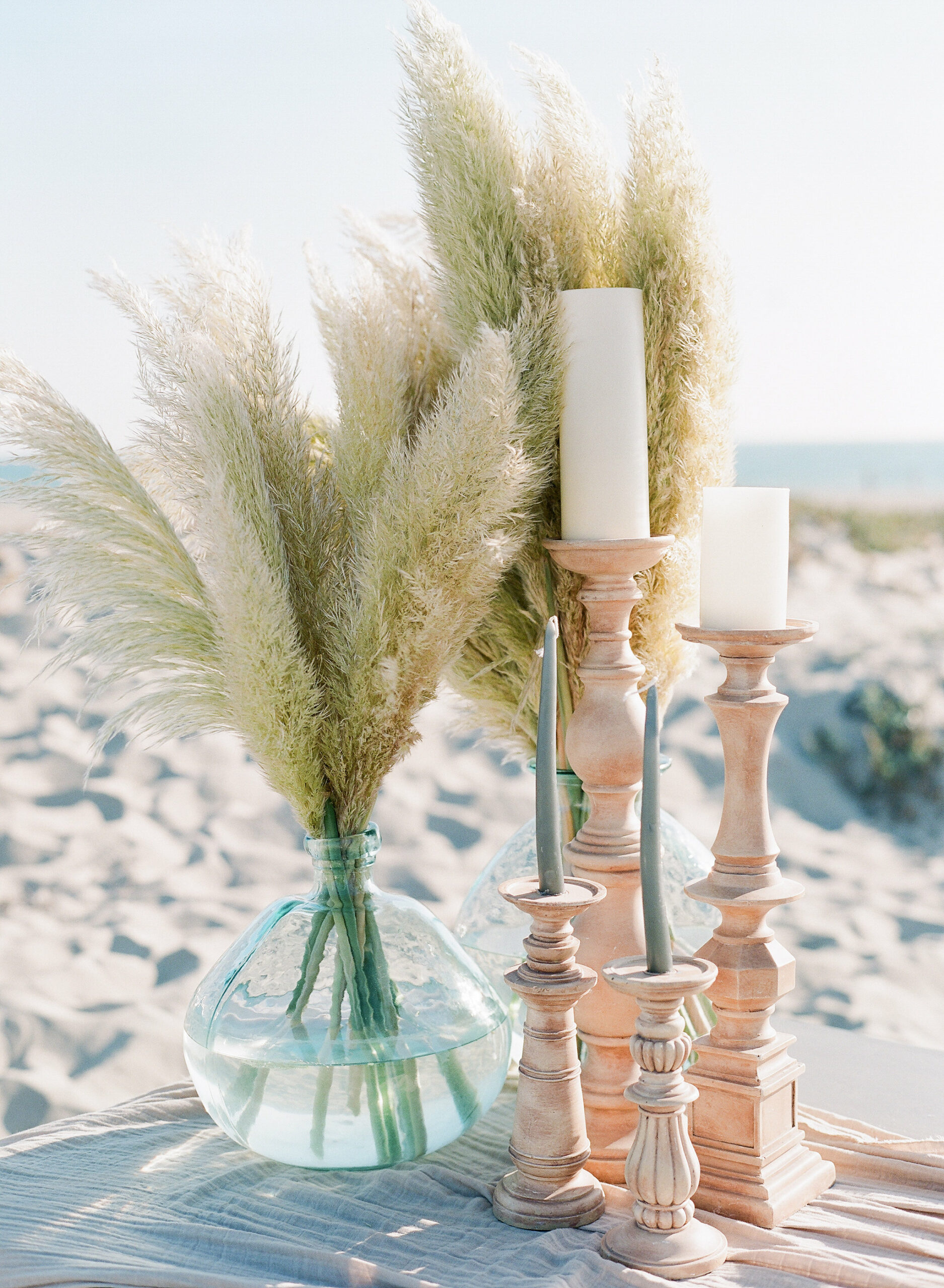 Beach Chic Wedding Inspiration - XOXO BRIDE Events
