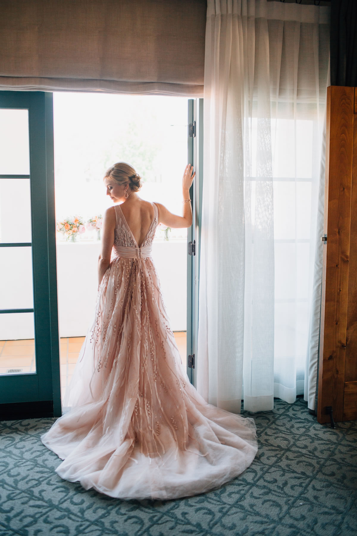 XOXO-BRIDE-Marianne-Wilson-Photography-JD-formals-013-3354067166-O